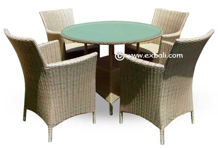 All weather outdoor woven dining set