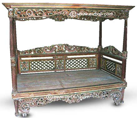 Original Javanese Teak Daybed   Mint Condition
